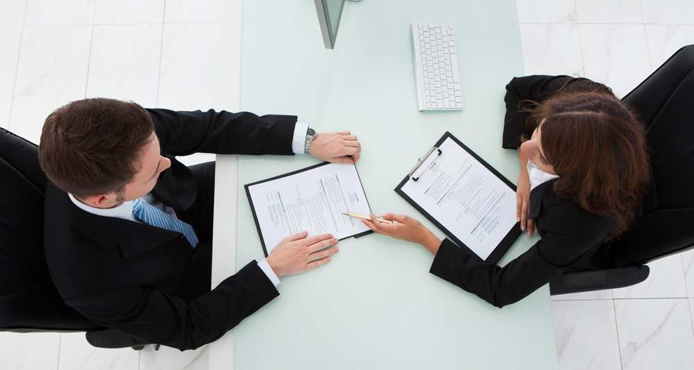 1126606_4000-euros-de-prime-pour-embaucher-un-premier-salarie-web-tete-021122712119